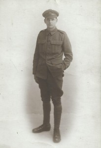 Hubert Jennings at enlistment for World War I
