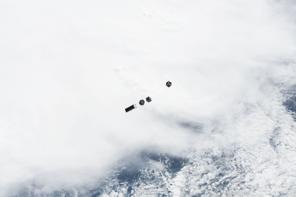 Deployment of a CubeSat flock