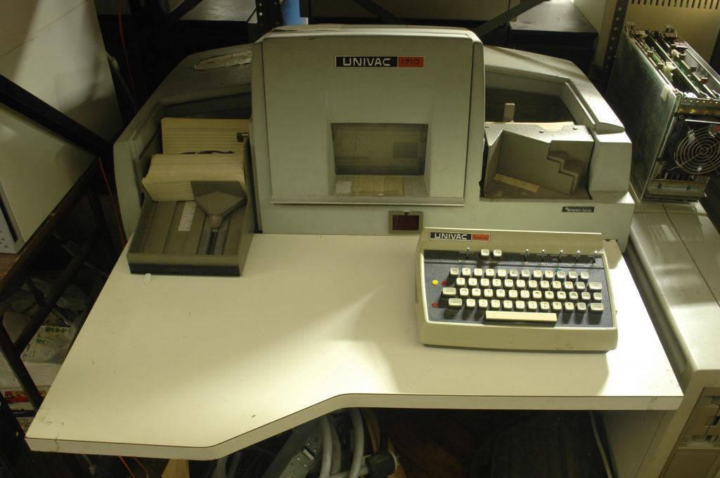UNIVAC card punch machine